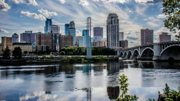 Tips on Moving To Minneapolis, MN: Relocation Guide