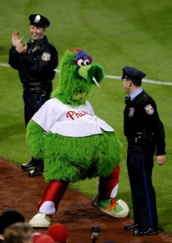 Phillie Phanatic belly waddle