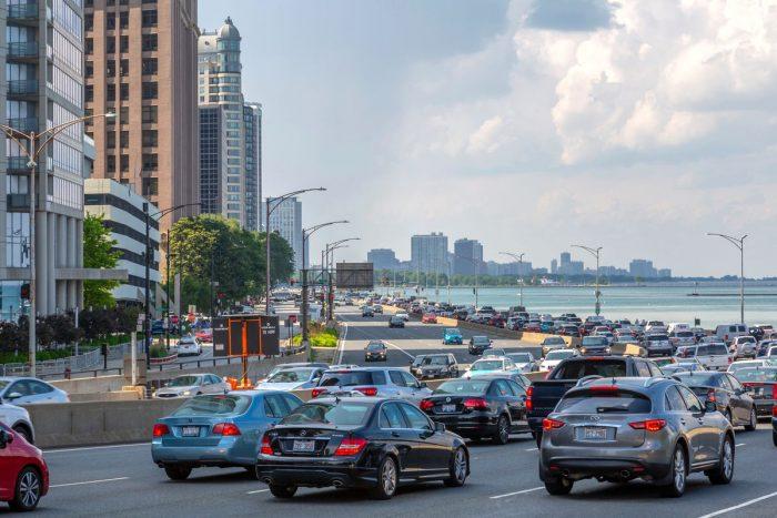 Shutterstock Chicago Traffic 2021